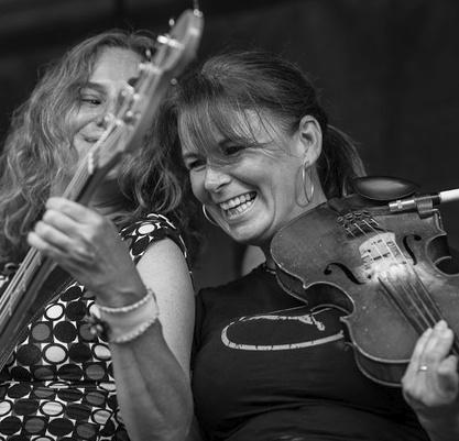 LISA BURNESS - VIOLIN / VOCALS / ACOUSTIC GUITAR
