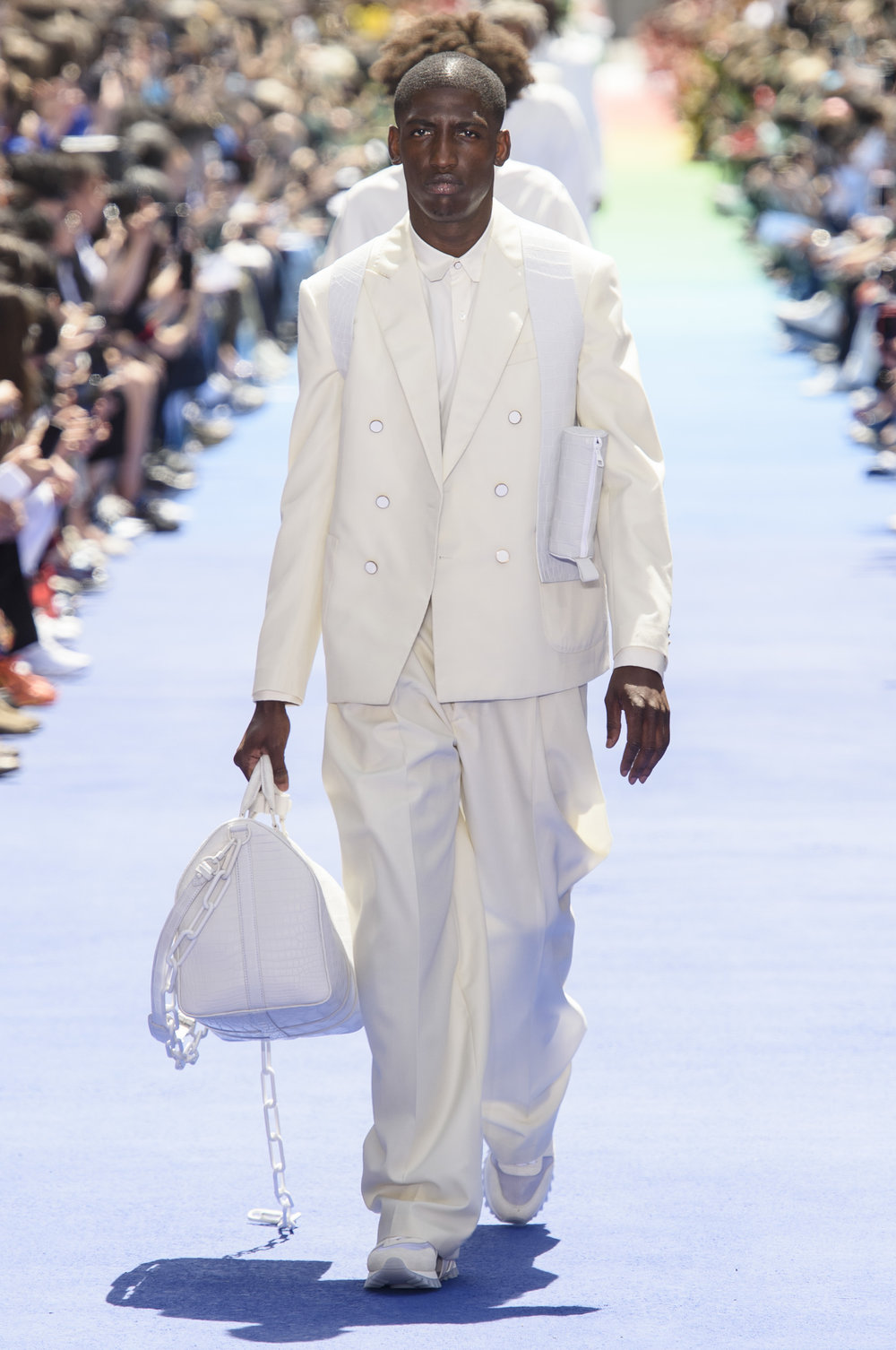 01_Louis_Vuitton_original_vui_prs_ss19_004.jpg