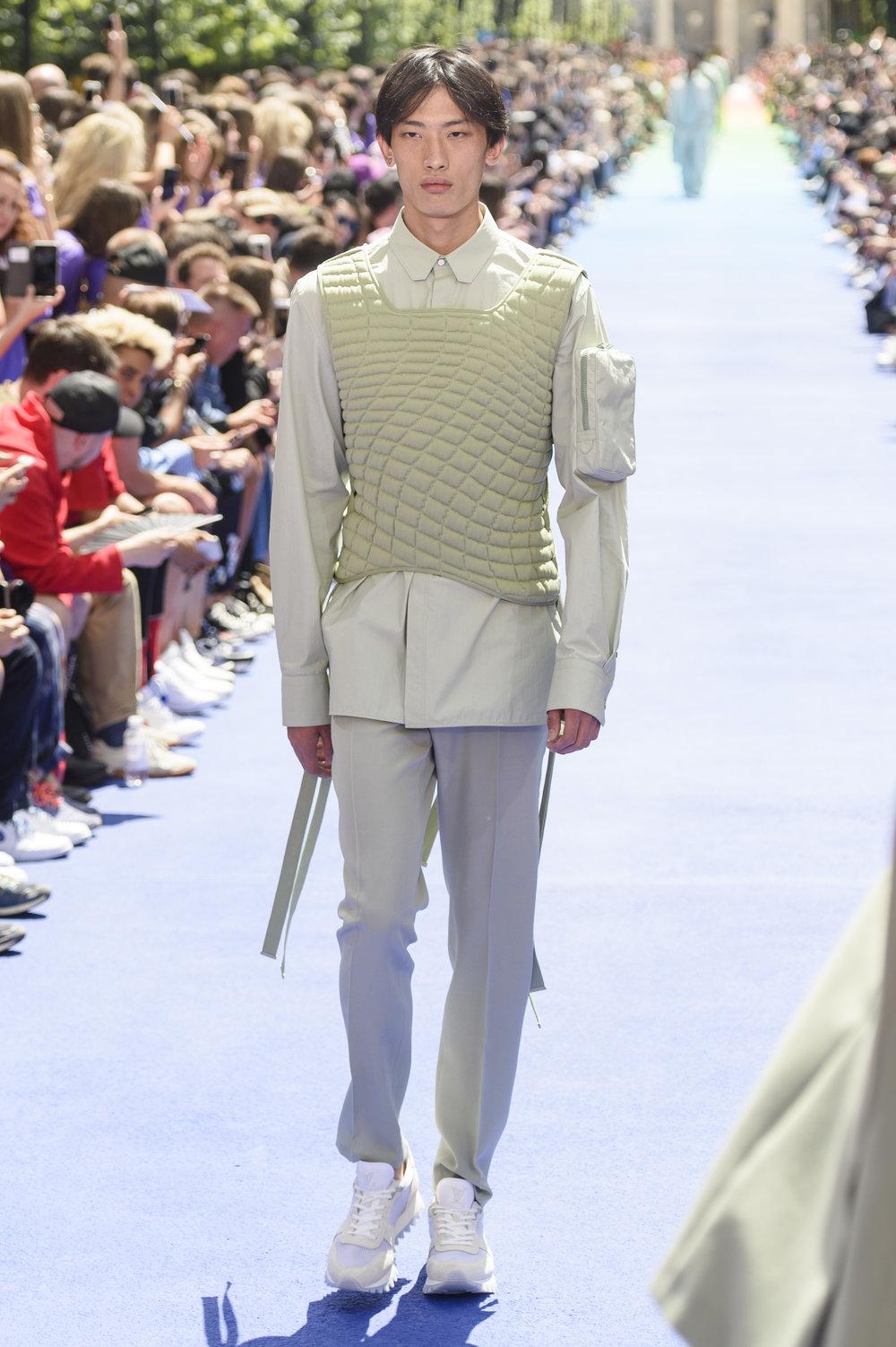 22_Louis_Vuitton_original_vui_prs_ss19_067.jpg