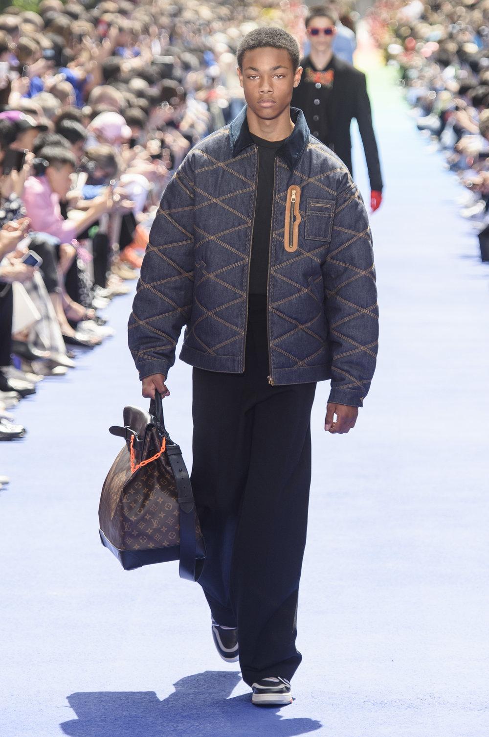 47_Louis_Vuitton_original_vui_prs_ss19_142.jpg