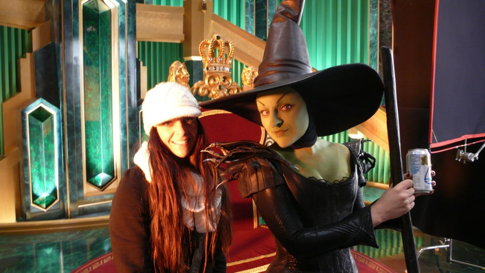 Mila Kunis costumer on the movie Oz The Great and Powerful