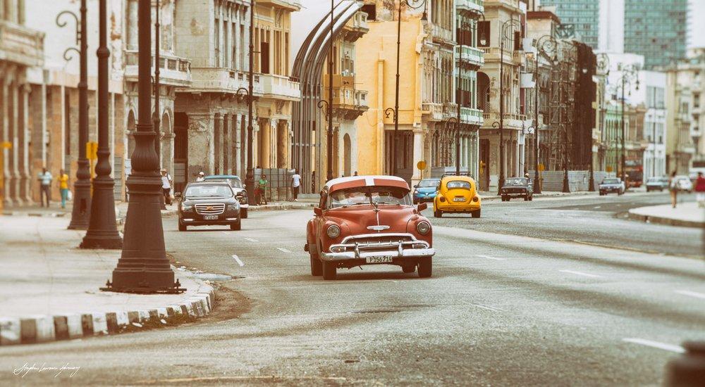 CUBAN malecone car (1 of 1).jpg