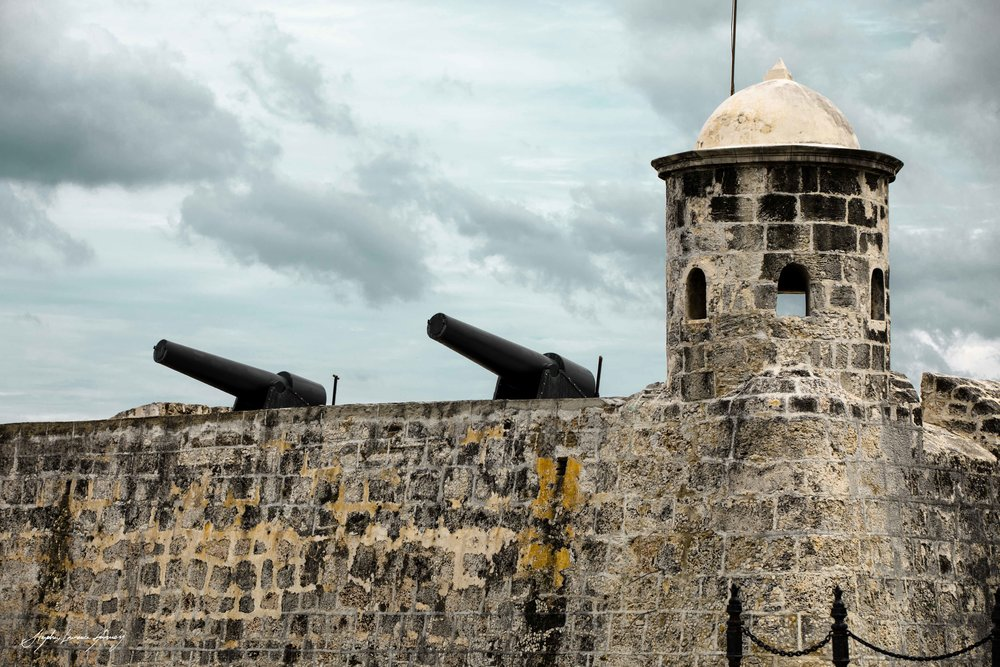 CUBAN wall LOGO (1 of 1).jpg