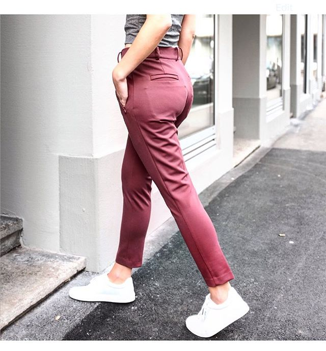 #mamquam #burgundy #newweek #getcomfy #streetstyle #gurlsstuff #mood #independentwoman #madetomeasure #flexible #nevergiveup