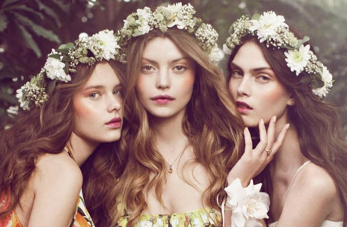 bohemian-bride-wedding-hair-makeup-inspiration-floral-crowns-romantic.full.jpg
