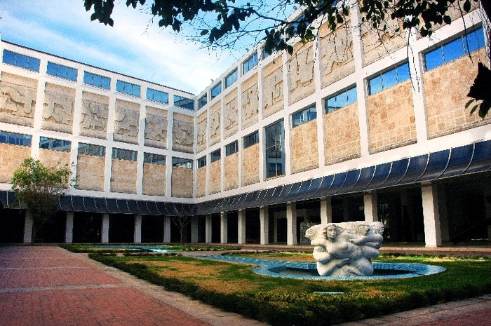 Cuban Art collection National Museum.jpg