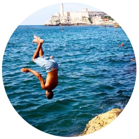 CarryOnCuba_circle.jpg