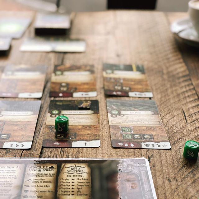 What's your favourite Lovecraft themed game?  We're partial to Elder Sign, and we're enjoying Mythos Tales so far, but I think we're always going to have a soft spot for Eldritch Horror. 💜 Probably not a game to everyone's taste but I love the stories that unfold in the course of a game (and all the juicy dark pacts!) and one of the few games in our collection where it can be just as entertaining losing as winning! 😂 ________________  On the table: Elder Sign by @fantasyflightgames #eldersign
