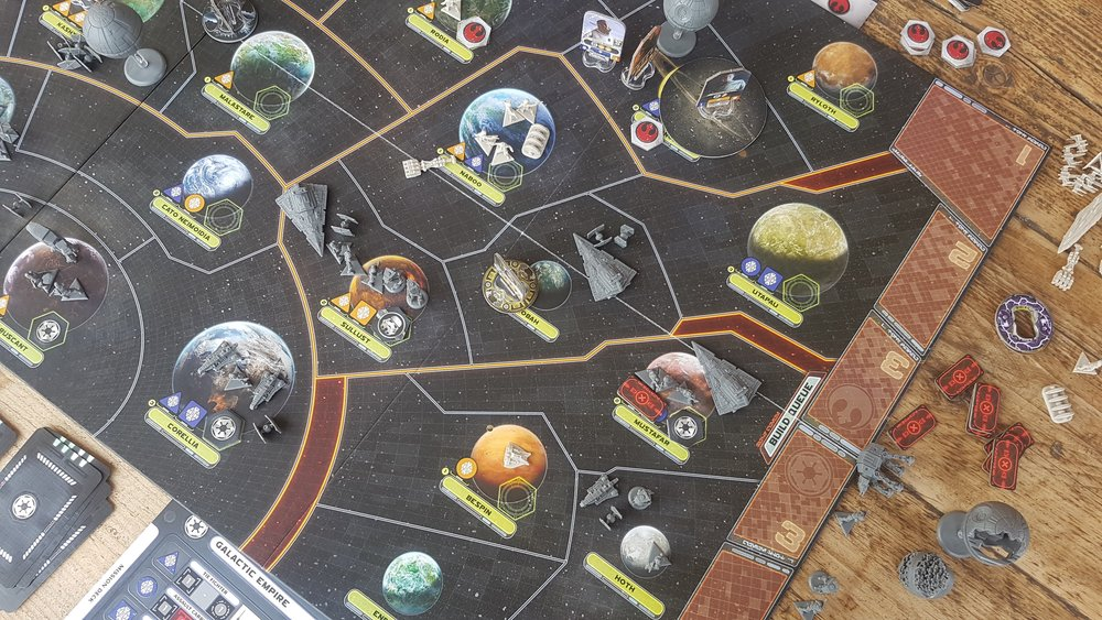 Star Wars: Rebellion game board and components