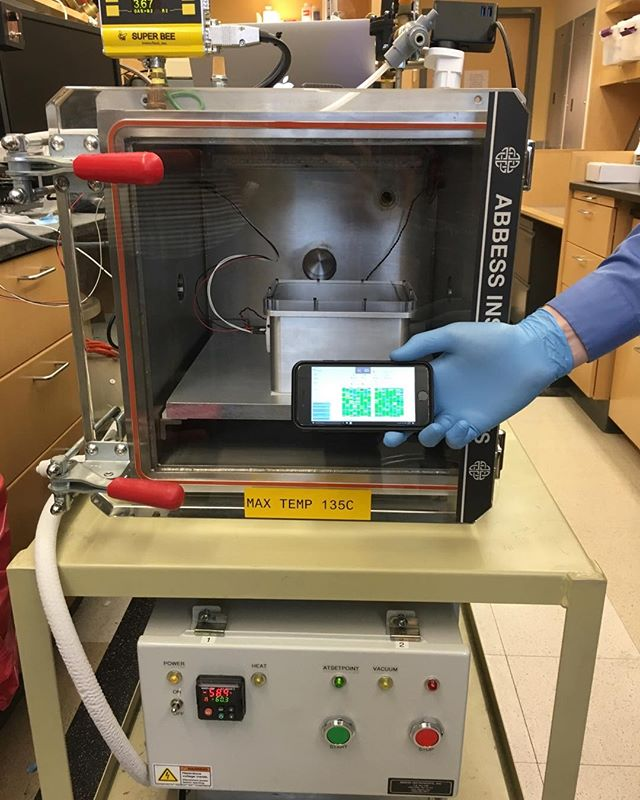First successful hardware and sequencing test in our Mars thermal vacuum chamber (April 5, 2017). One step closer to searching for, and perhaps finding, life beyond Earth. Credit: C.E. Carr. #NASA #SETG #Astrobiology #Nanopore #SingleMolecule #DNA #Sequencing #Genomics #Lab #MinION