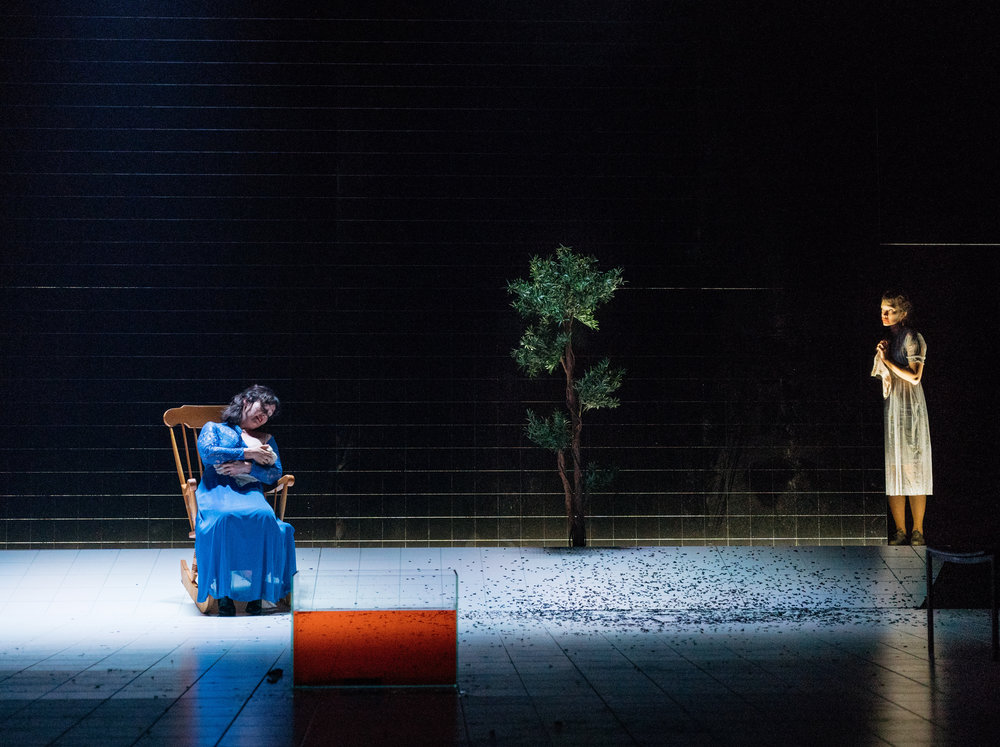 OthelloMacbeth, HOME Manchester - press pic 14 (137). Photo by Helen Murray.jpg