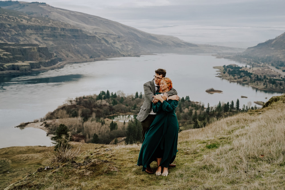 Portland Elopement Photographer Columbia River Gorge