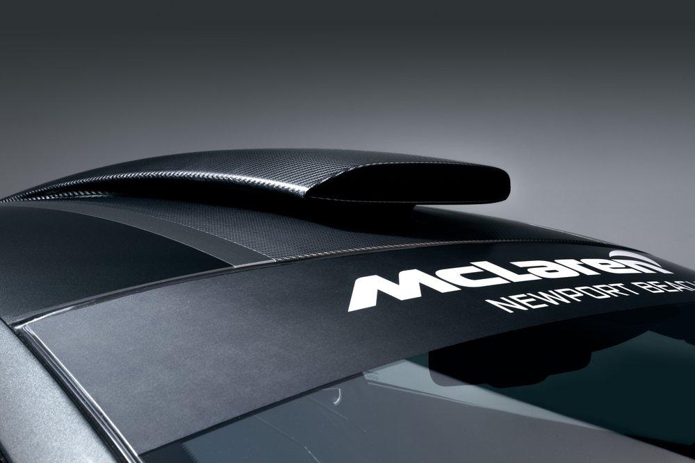 McLaren-MSO-X-10-Ueno-Grey_Black-Accents-08.jpg