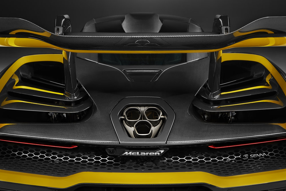 8957McLaren-Senna-Carbon-Theme-by-MSO_07.jpg