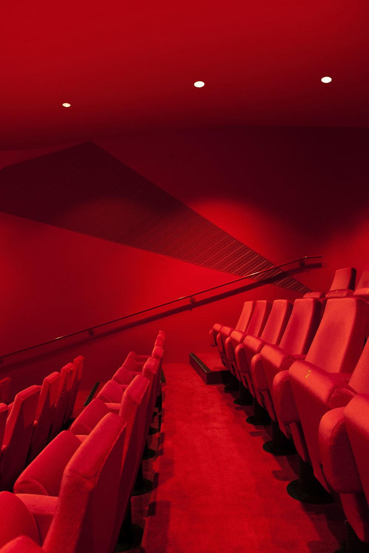 agora theatre sindroms magazine 4.jpg