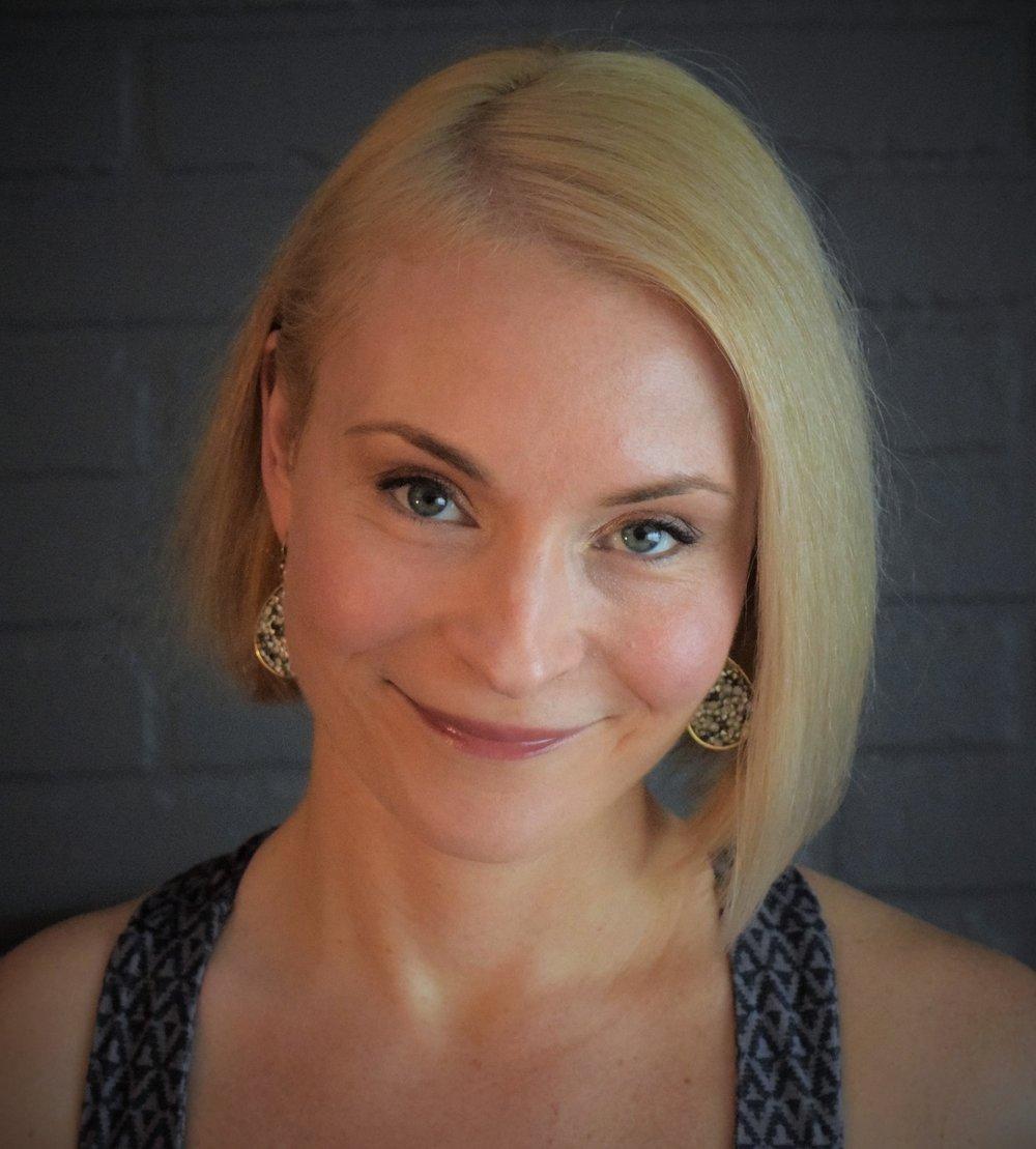 Kirsten Higgins - Yoga in Chicago
