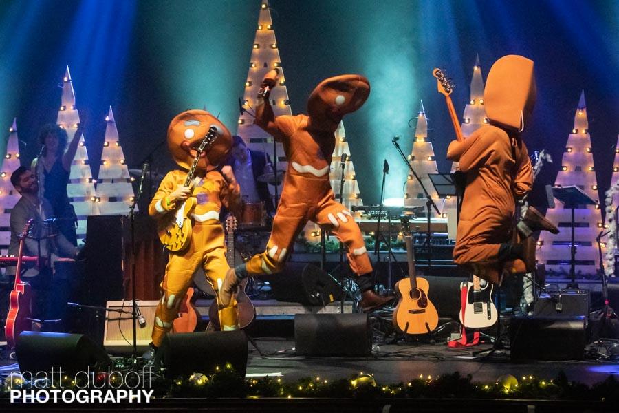 20181214-Matt Duboff-JP Hoe Hoe Hoe Holiday Show-018.jpg