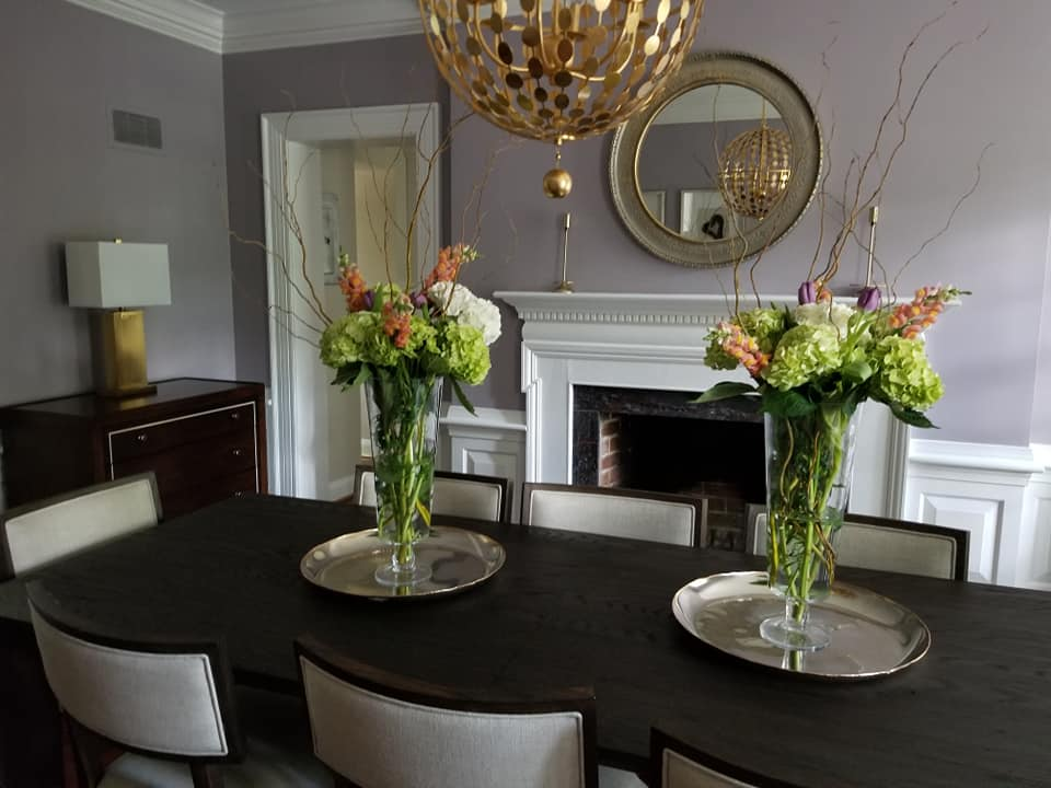 dining room with flowers.jpg