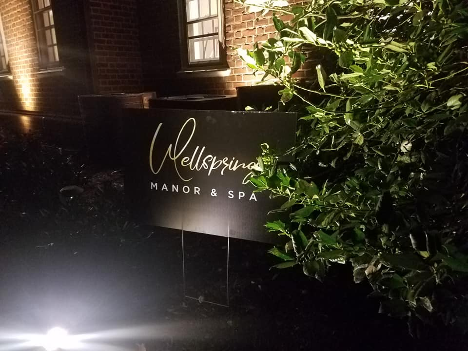 Wellspring at night 2.jpg