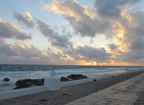 Isla Mujeres Malecon New Years morning 2017.png