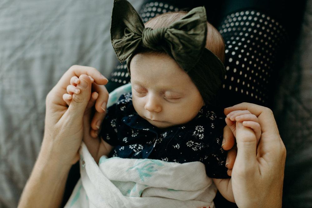 family_lifestyle_inhome_newborn-2-1.jpg