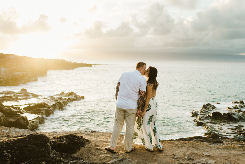 couples_photographer_maui_kapalua-6.jpg