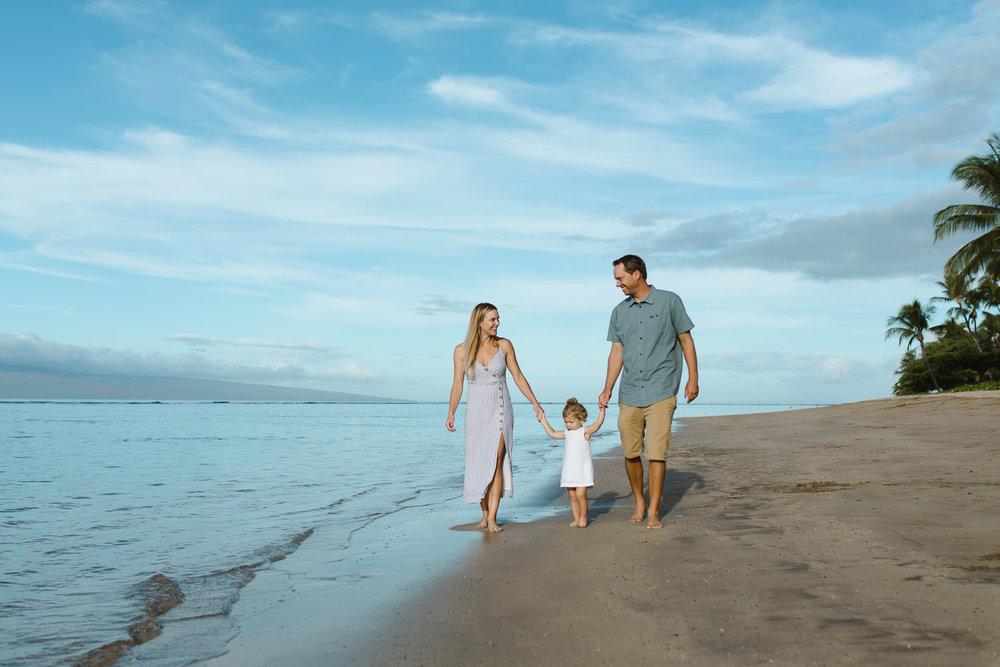 family_photos_maui_baby_beach-10.jpg