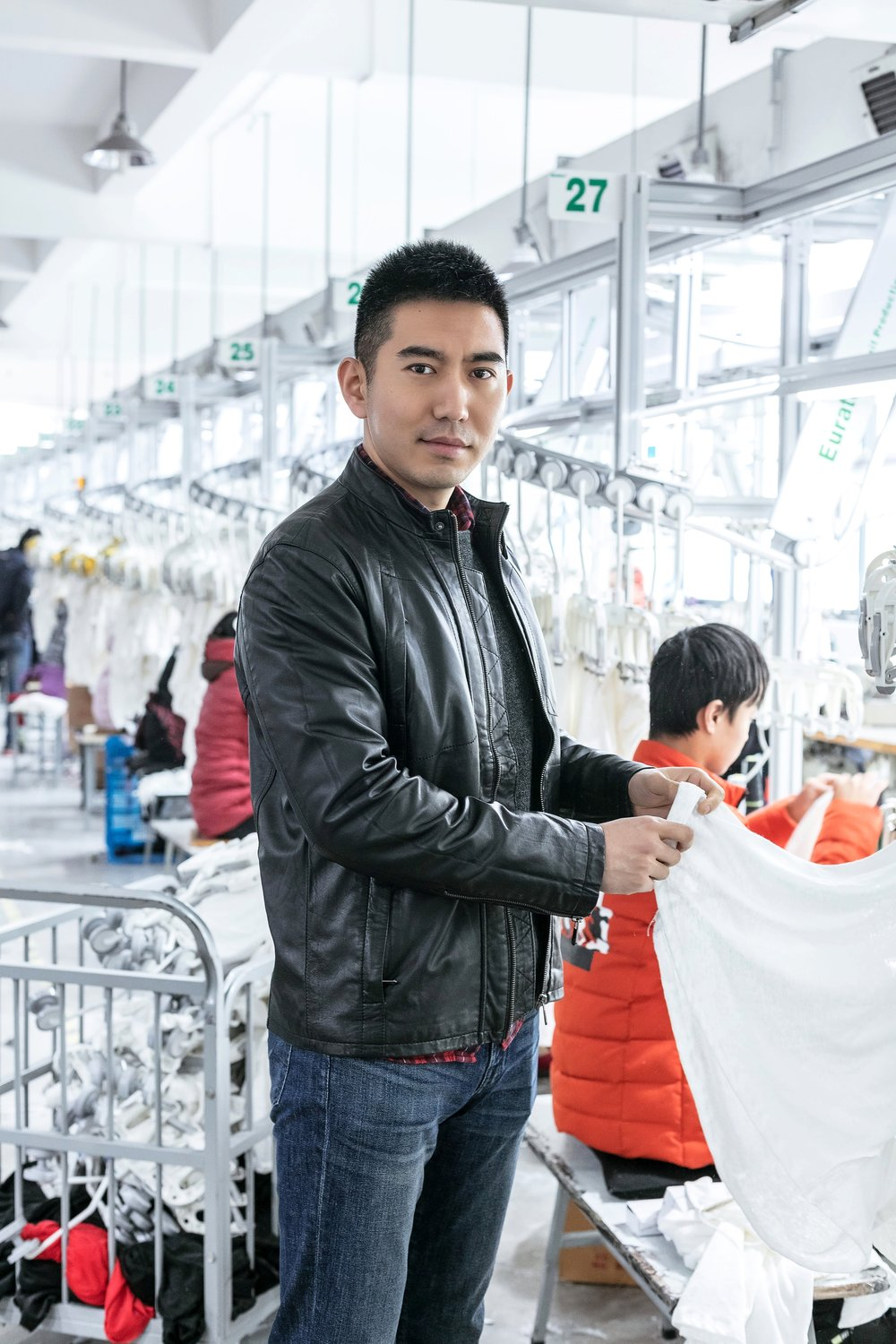 F A C T O R Y - We investigated factories all around the world to ensure the highest possible production quality for our undershirts. We were led to this East China factory by its first-rate industry reputation. Since 2013, this knitting factory has been producing top quality products for a range of established international designer brands.