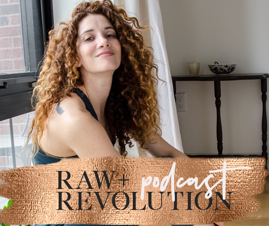 Healthy Eating + The Beautiful Badass Method - Lisa Rachel Snyder struggled with food, her weight, and body image for nearly 20 years until a family tragedy led her to yoga, meditation, and compassion, which enabled her to heal her relationship with food for good. Lisa shares her Beautiful Badass Method, a seven step chakra-based method to a healthy relationship with food, your body and yourself.