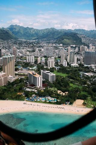 Waikiki beach- viazoe- hawaii