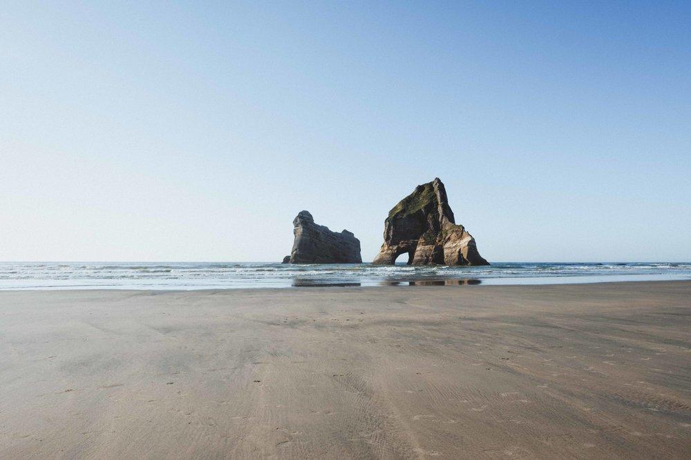 Archway Islands, symbole le plus connus de Wharariki Beach, que l'on retrouve sur les cartes postales ;)
