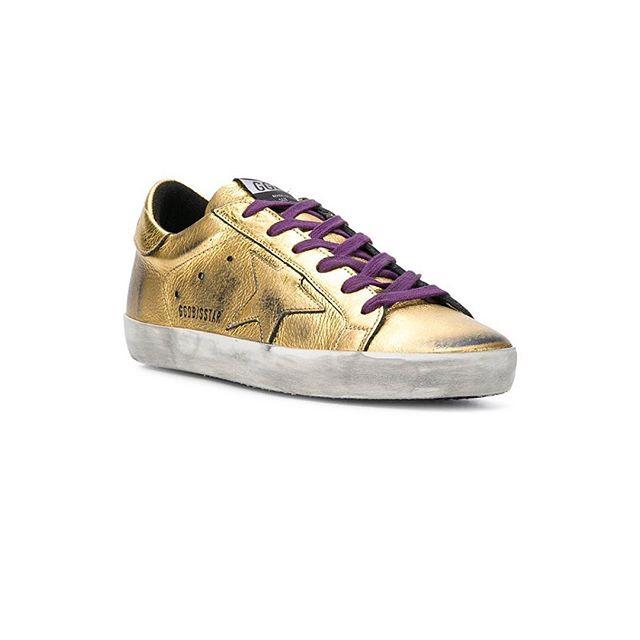 midas' touch: @goldengoosedeluxebrand #chalkcurates #superstarsneakers #metallic
