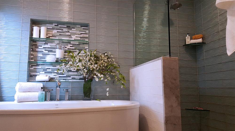 DI_Medford_Bathroom_Wide.jpg