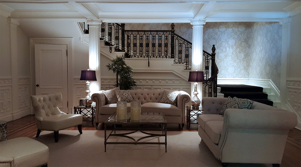 DI_Mansion_entry, woodwork, design furniture.jpg