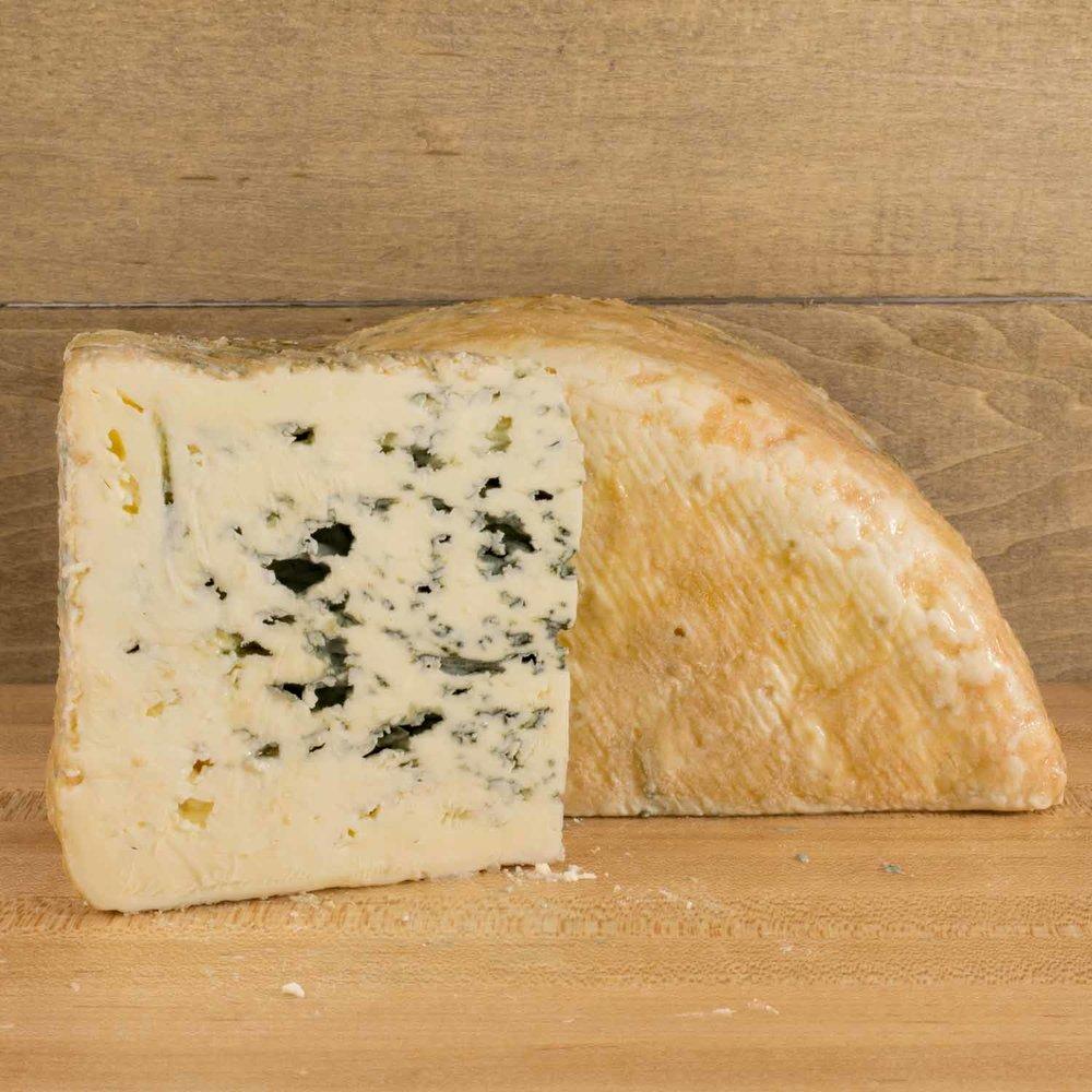 Bleu-de-Laqueuille-3.jpg