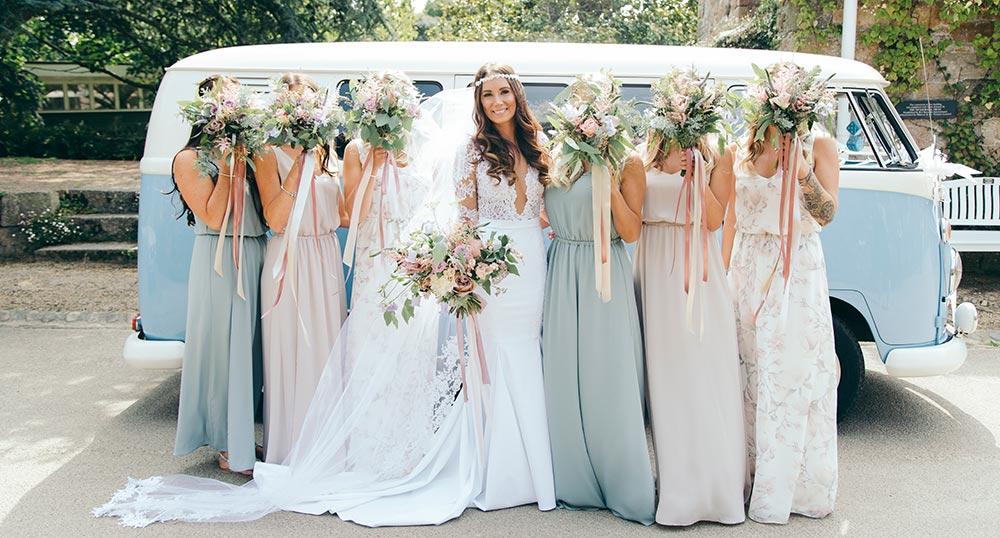 2-wilde-thyme-wedding-flowers-bridal-blush-ivory.jpg