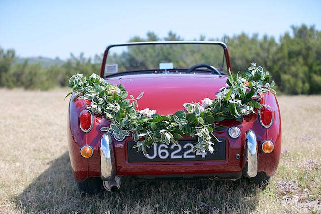 1-wilde-thyme-wedding-flowers-car-decor-jersey.jpg