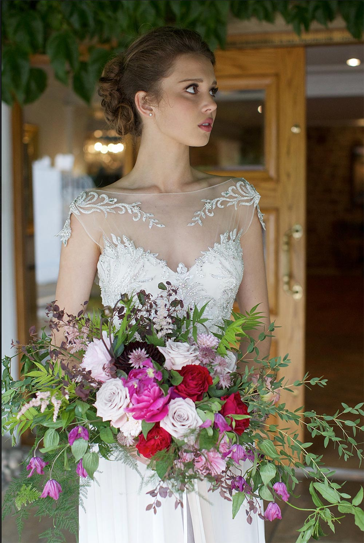 2-wilde-thyme-wedding-florist-bridal-bouquet.jpg
