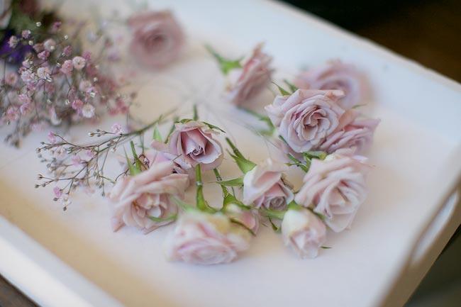 5-wilde-thyme-wedding-flowers-floral-designer-hair-flowers.jpg