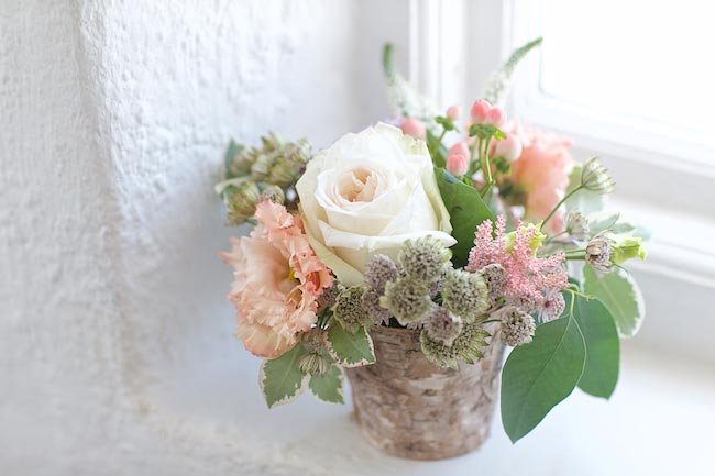 7-wilde-thyme-weddng-flowers-garden-roses.jpg