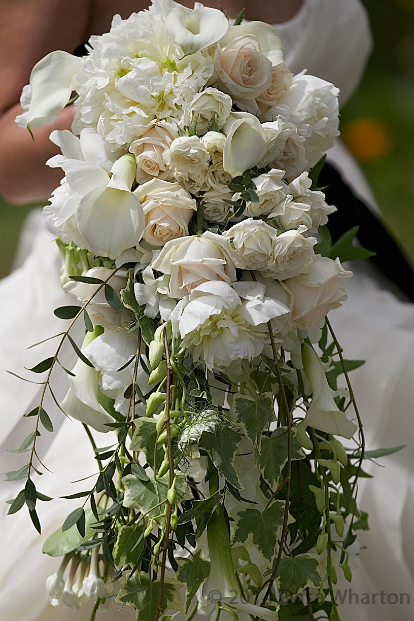6-wilde-thyme-wedding-event-florist-flowers-water-fall-bouquet.jpg