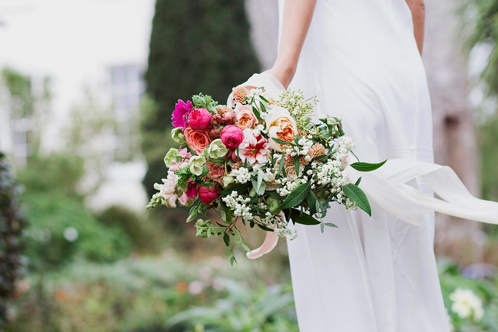 15-wilde-thyme-photoshoot-styling-bridal-bouquet.jpg