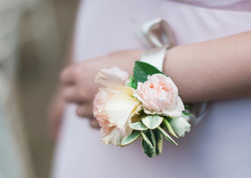 2-wilde-thyme-bridal-flowers-wrist-corsage-bracelet.jpg