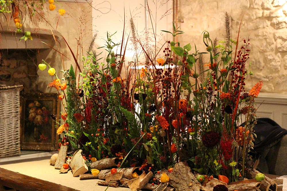 5-autumn-tablescape-growing-flower-garden-oranges-reds-burgandy-textures-grasses-berries-dahlias-wilde-thyme-florist-jersey-wedding-event-styling.jpg