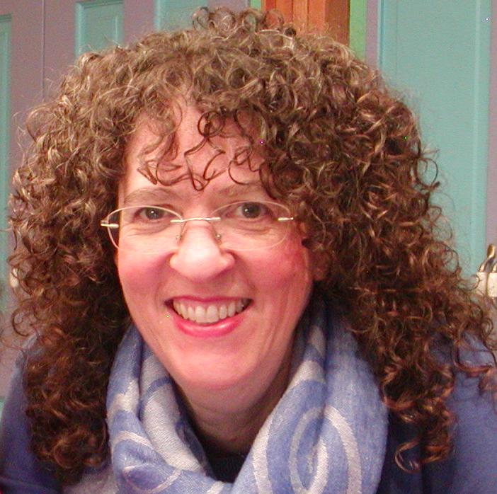 Julie King.png