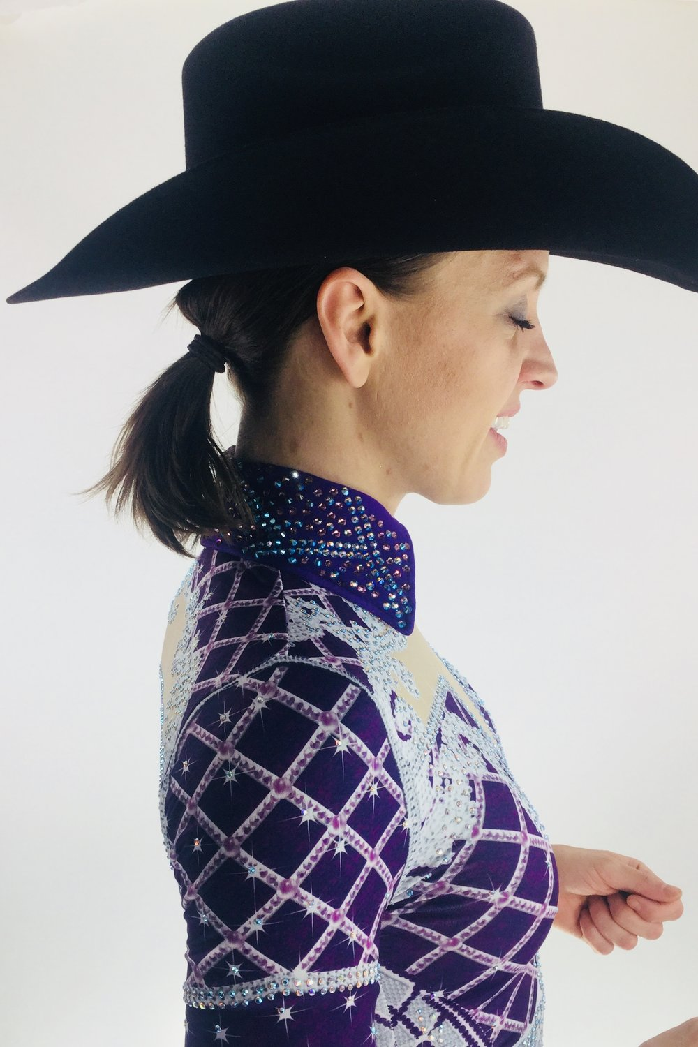 sparkle-ridge-western-show-clothes-purple-and-white-print-horse-show-shirts-anita3.jpg