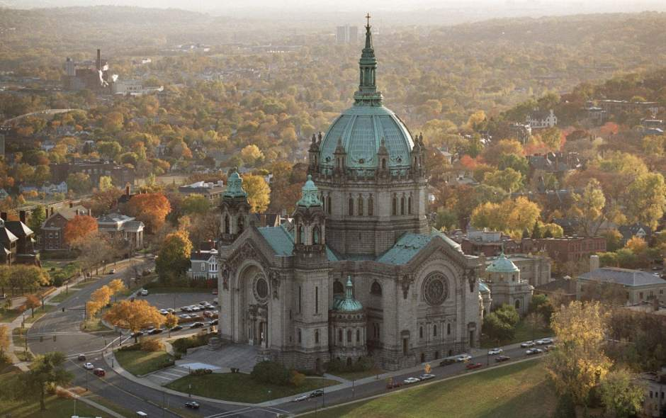 - Dioceses have gone bankrupt after opening window to sex abuse lawsuitsAaron Aupperlee | December 29, 2018Like dominoes falling one after another, dioceses across Minnesota declared bankruptcy in the wake of the state passing a law that gave victims of sexual assault a three-year window to file civil lawsuits regardless of when the abuse occurred.Five of the six Catholic dioceses in Minnesota, home to about 1.2 million Catholics, have turned to Chapter 11 federal bankruptcy protection to settle hundreds of claims of sexual abuse at the hands of priests.