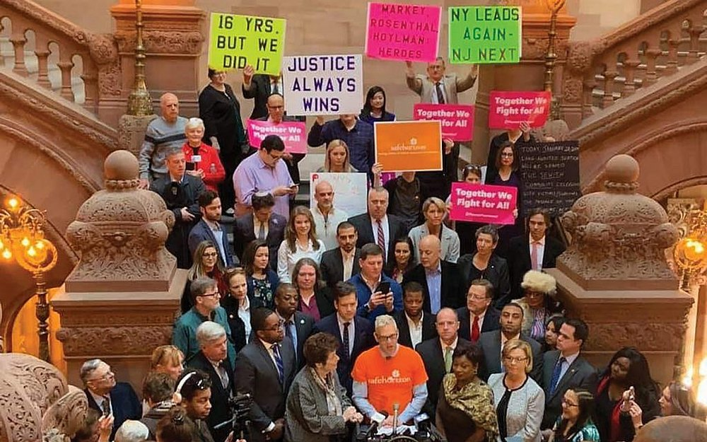 - What you need to know about New York's Child Victims ActJay Tokasz | February 8, 2019What other states have opened look-back windows allowing childhood victims abuse to sue?Nine states have enacted some form of window legislation, according to Child USA, a Philadelphia-based organization that advocates for statute of limitation reforms and other legal changes aimed at protecting children. Those states are: California, Connecticut, Delaware, Georgia, Hawaii, Massachusetts, Michigan, Minnesota and Utah.