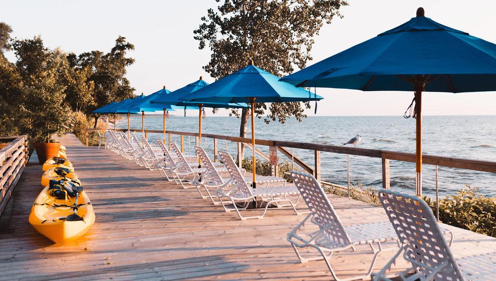 Saugatuck Michigan Lodging, Lake Shore Resort, On Lake Michigan.