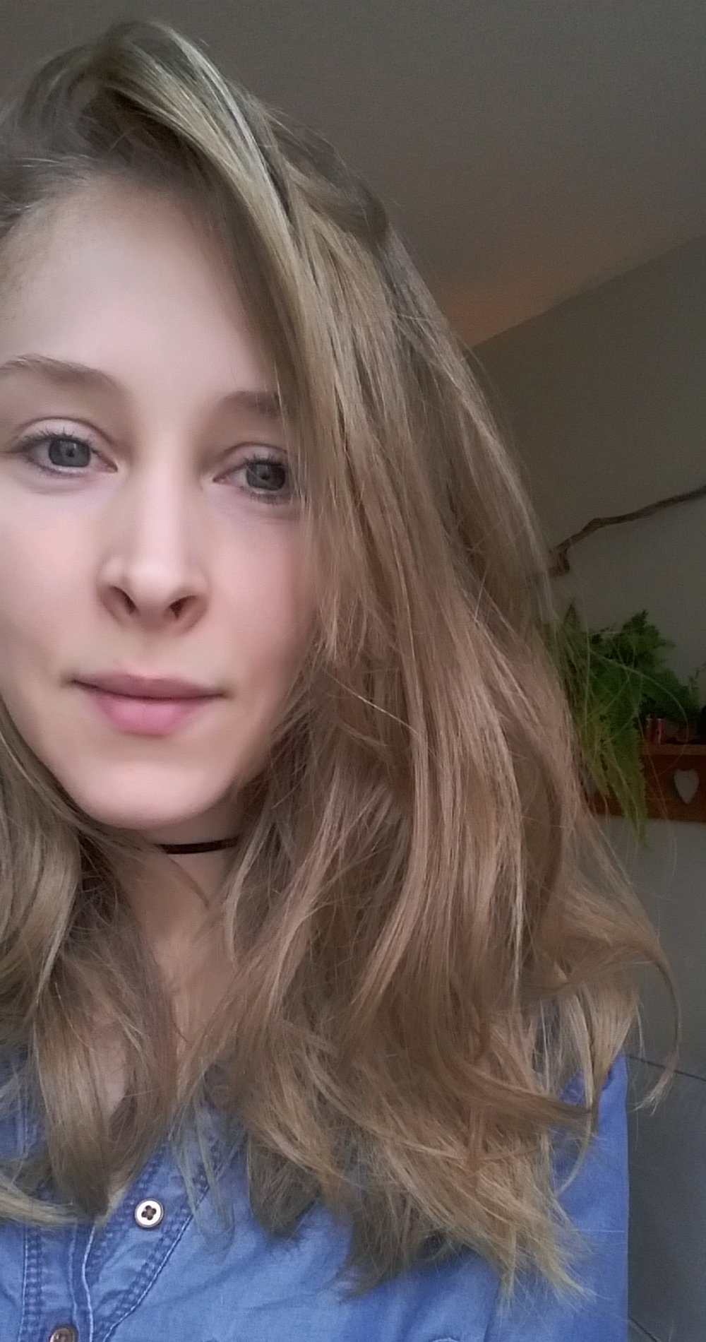 CARINA FIRKOWSKI Writer.  @carinafirkowski